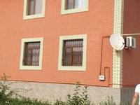 8-комнатный дом, 379 м², 10 сот.