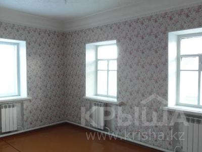 4-комнатный дом, 60 м², 5 сот., Б.Майлина — Батищева-Тарасова за 4.9 млн 〒 в Рудном