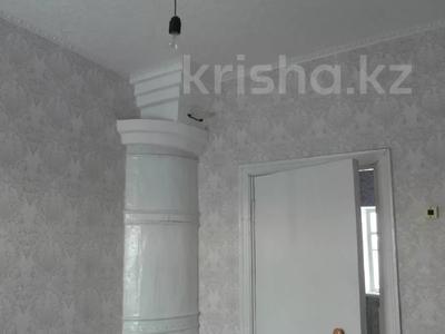 4-комнатный дом, 60 м², 5 сот., Б.Майлина — Батищева-Тарасова за 4.9 млн 〒 в Рудном — фото 3