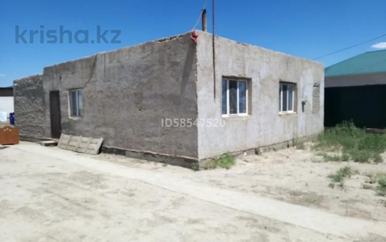 4-комнатный дом, 140 м², 10 сот., Жусипбеков 3 за 7 млн 〒 в Махамбетах
