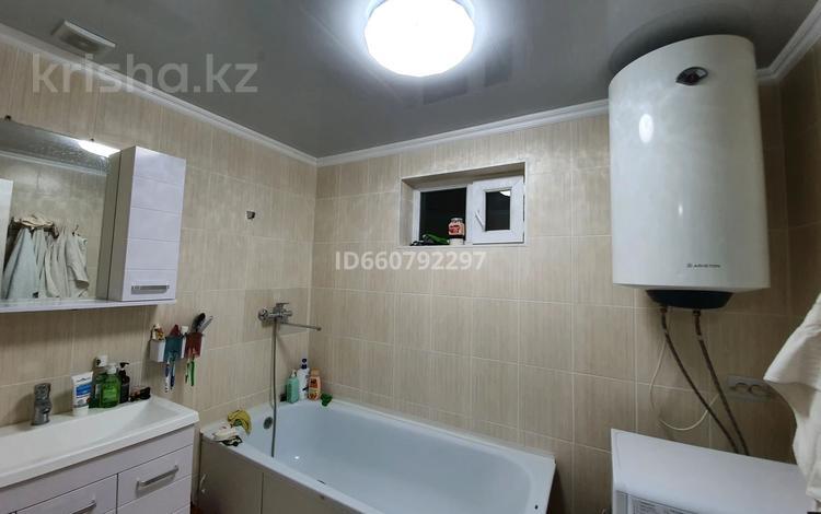 4-комнатный дом, 80 м², 6 сот., мкр №11, Солнечная 43 за 65 млн 〒 в Алматы, Ауэзовский р-н