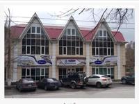 Здание, площадью 697 м²