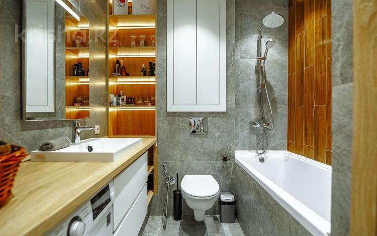 2-комнатная квартира, 69 м², 14/16 этаж, Кошкарбаева 27 за 30.4 млн 〒 в Нур-Султане (Астана), Алматы р-н