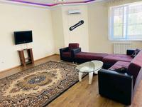 3-комнатная квартира, 140 м², 3/13 этаж на длительный срок, Тыныбаева 33 за 250 000 〒 в Шымкенте