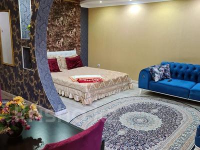 1-комнатная квартира, 35 м², 3/4 этаж посуточно, улица Жансугурова 99/107 — Биржан сала за 15 000 〒 в Талдыкоргане — фото 6