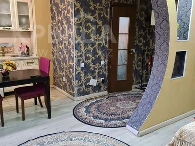 1-комнатная квартира, 35 м², 3/4 этаж посуточно, улица Жансугурова 99/107 — Биржан сала за 15 000 〒 в Талдыкоргане — фото 10