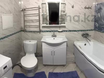 3-комнатная квартира, 87 м², 6/12 этаж, Мкр 33 34 за 20 млн 〒 в Актау — фото 2