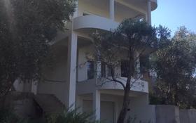8-комнатный дом, 475 м², 5.86 сот., Бартула за 63 млн 〒