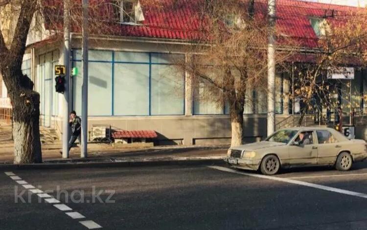 Помещение площадью 850 м², Сейфуллина — Толе Би за 3 млн 〒 в Алматы, Алмалинский р-н