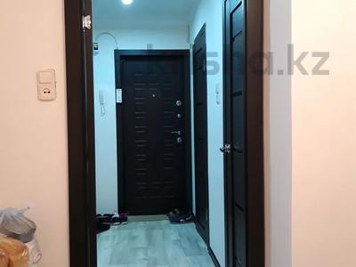 2-комнатная квартира, 52 м², 9/9 этаж, 3-й микрорайон — Республика-Металлургов за 5.8 млн 〒 в Темиртау — фото 8