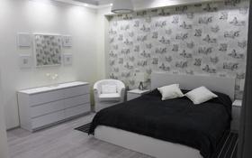 1-комнатная квартира, 45 м² посуточно, Иманбаевой 5 — Амангельды Иманова за 7 000 〒 в Нур-Султане (Астана)