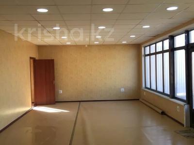 Магазин площадью 75 м², Сары Арка 9 за 12 млн 〒 в Жезказгане