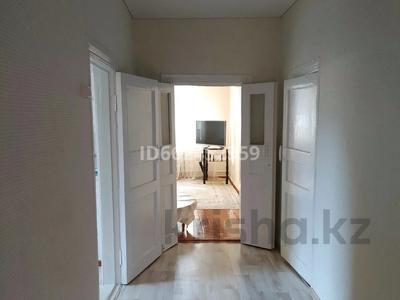 3-комнатный дом, 64 м², 15 сот., Заречный за 16 млн 〒 в Петропавловске — фото 3