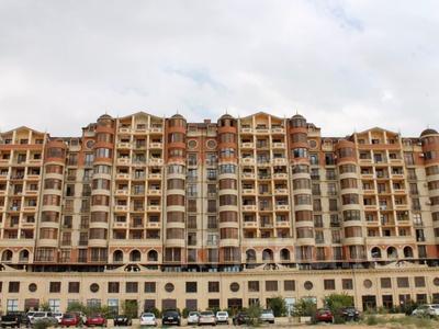 3-комнатная квартира, 135 м², 6 этаж, 17-й микрорайон 7 за 42 млн 〒 в Актау