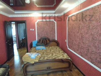 2-комнатная квартира, 50 м² посуточно, Ескалиева 186 — Маншук маметова за 10 000 〒 в Уральске — фото 5