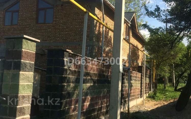 8-комнатный дом, 240 м², 5 сот., Райымбека 100 за 22 млн 〒 в Талгаре