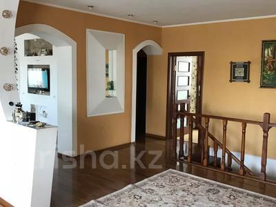 6-комнатный дом, 296 м², Международная 1 — Трусова за 35 млн 〒 в Семее — фото 11