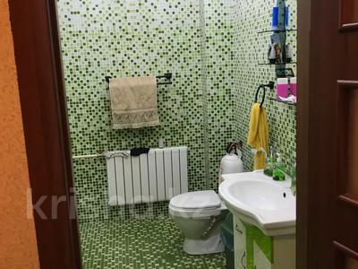 6-комнатный дом, 296 м², Международная 1 — Трусова за 35 млн 〒 в Семее — фото 15