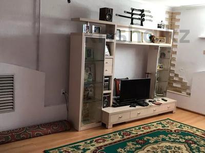 6-комнатный дом, 296 м², Международная 1 — Трусова за 35 млн 〒 в Семее — фото 20