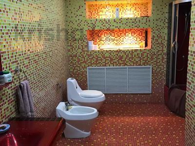 6-комнатный дом, 296 м², Международная 1 — Трусова за 35 млн 〒 в Семее — фото 23