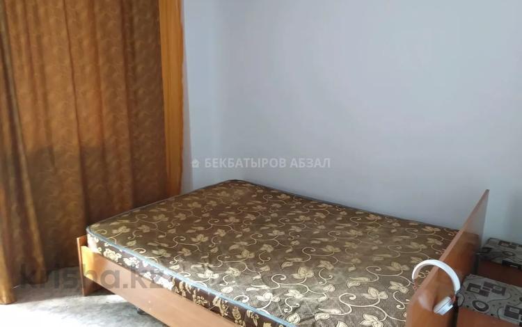 2-комнатная квартира, 55 м², 2/9 этаж помесячно, Макатаева за 115 000 〒 в Алматы, Медеуский р-н