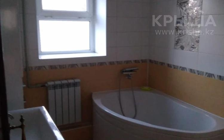 4-комнатная квартира, 99 м², 2/5 этаж, Мкр Мушелтой за 23 млн 〒 в Талдыкоргане