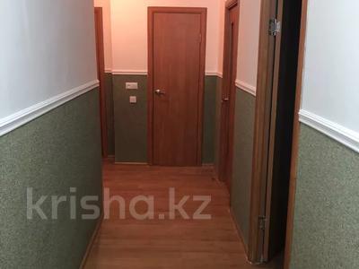 2-комнатная квартира, 58 м², 1/5 этаж, Мкр. Нурсая 54 за 14 млн 〒 в Атырау — фото 7