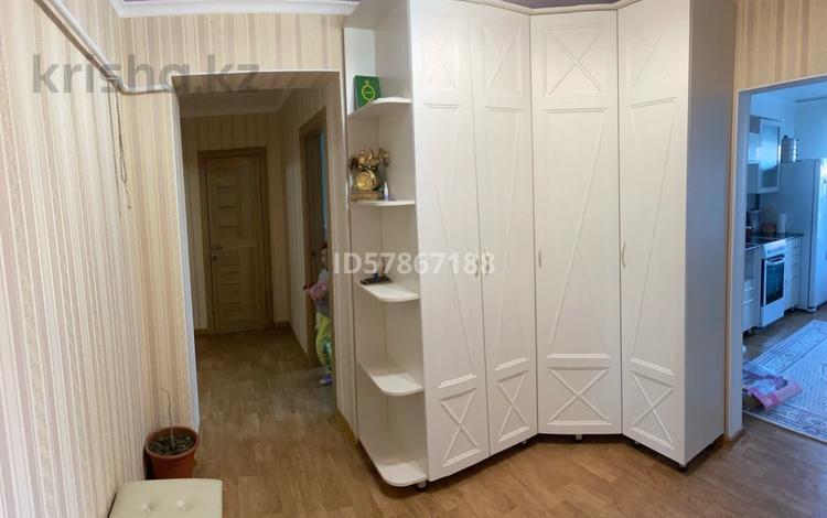 3-комнатная квартира, 78.5 м², 1/4 этаж, Есенберлина 6/1 за 29 млн 〒 в Усть-Каменогорске