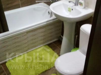 1-комнатная квартира, 30 м², 3/4 этаж посуточно, Тауельсиздик 116 за 6 000 〒 в Костанае