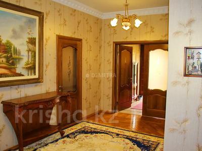 8-комнатный дом, 500 м², 14 сот., Шаляпина — Байкена Ашимова за 182 млн 〒 в Алматы, Наурызбайский р-н — фото 10