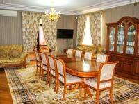 8-комнатный дом, 500 м², 14 сот.
