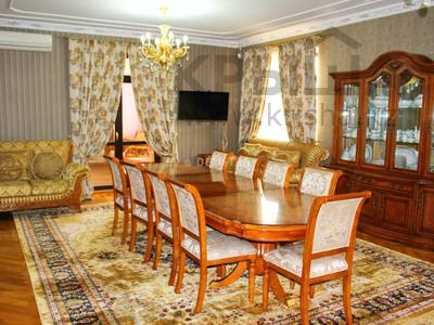 8-комнатный дом, 500 м², 14 сот., Шаляпина — Байкена Ашимова за 182 млн 〒 в Алматы, Наурызбайский р-н