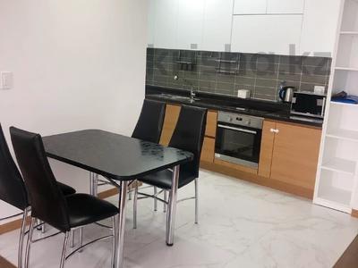 3-комнатная квартира, 88 м², 10/20 этаж помесячно, Кабанбай батыра 43 за 230 000 〒 в Нур-Султане (Астана), Есиль р-н — фото 6