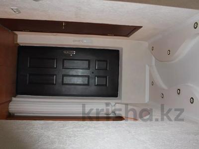 2-комнатная квартира, 63 м², 3/9 этаж посуточно, Аль-Фараби — Фурманова за 9 000 〒 в Алматы — фото 14