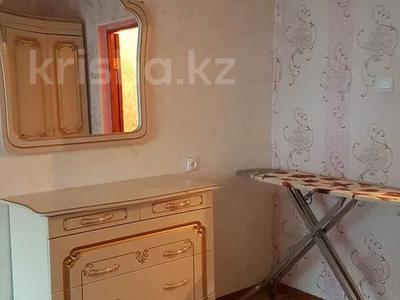 4-комнатная квартира, 100 м², 2/5 этаж посуточно, Сырдария новостройка 3 — Абая напротив смолл жибек жолы за 12 000 〒 в  — фото 7