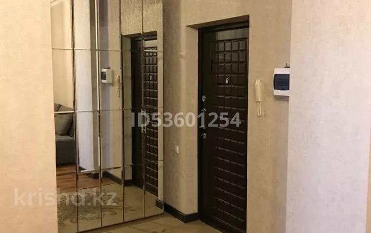 3-комнатная квартира, 166 м², 5/18 этаж помесячно, Кенесары 4 за 250 000 〒 в Нур-Султане (Астана), Сарыарка р-н