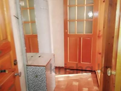 2-комнатная квартира, 49 м², 2/4 этаж посуточно, Первомайская 39 — Утепбаева за 6 000 〒 в Семее — фото 4