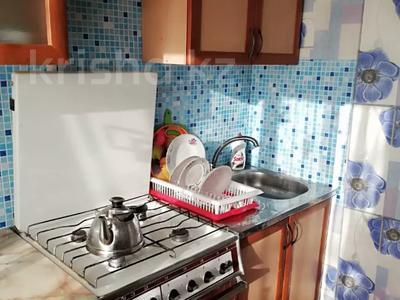 2-комнатная квартира, 49 м², 2/4 этаж посуточно, Первомайская 39 — Утепбаева за 6 000 〒 в Семее — фото 17