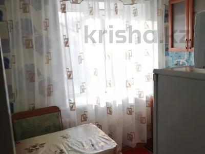 2-комнатная квартира, 49 м², 2/4 этаж посуточно, Первомайская 39 — Утепбаева за 6 000 〒 в Семее — фото 3