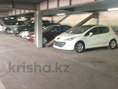 Паркинг, парковочное место, гараж, можно под склад, напротив Зеленого Базара за 10 000 〒 в Алматы, Медеуский р-н — фото 3