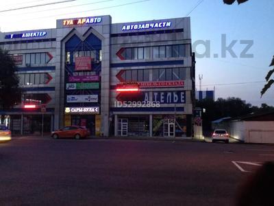 Паркинг, парковочное место, гараж, можно под склад, напротив Зеленого Базара за 10 000 〒 в Алматы, Медеуский р-н — фото 5