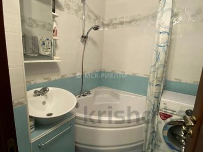 3-комнатная квартира, 69 м², 4/5 этаж, Зейна Шашкина — проспект Аль-Фараби за 43 млн 〒 в Алматы, Бостандыкский р-н