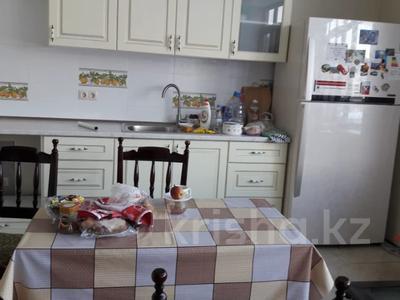 4-комнатный дом помесячно, 200 м², 8 сот., Курмангалиева 35 — Калинина за 350 000 〒 в Алматы, Медеуский р-н — фото 15