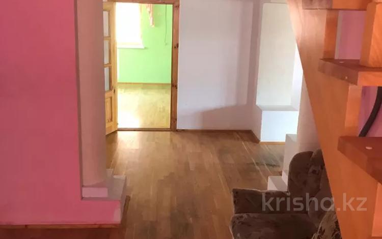 9-комнатный дом, 500 м², 10 сот., Карымсакова 14А за 70 млн 〒 в Атырау