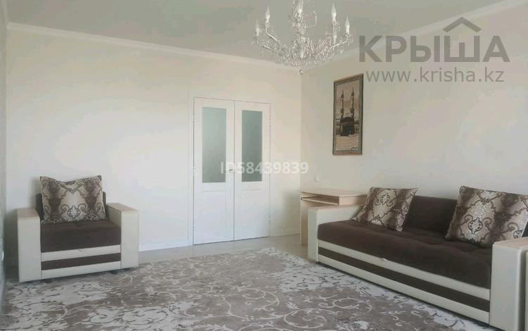 2-комнатная квартира, 77 м², 5/16 этаж, Кошкарбаева 34 за 27.1 млн 〒 в Нур-Султане (Астана), Алматы р-н