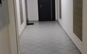 1-комнатная квартира, 42 м², 10/13 этаж помесячно, Айнаколь 60 — Жумабаев за 100 000 〒 в Нур-Султане (Астана), Алматы р-н