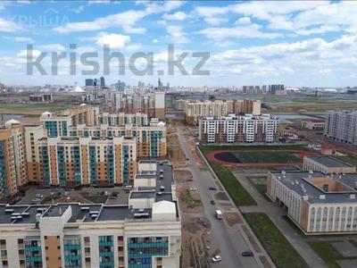 2-комнатная квартира, 52 м², 17/22 этаж, Е10 12 — Ул.Чингиза Айтматова за 18 млн 〒 в Нур-Султане (Астана), Алматинский р-н — фото 3