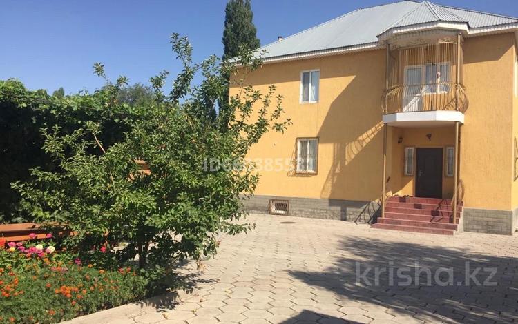 6-комнатный дом, 220 м², 25 сот., Шакирова 107 за ~ 53.9 млн 〒 в Шу