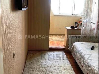 2-комнатная квартира, 62 м², 9 этаж, Кабанбай Батыра — Ауэзова за 26.5 млн 〒 в Алматы, Алмалинский р-н — фото 7