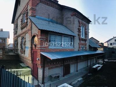 5-комнатный дом, 200 м², 12 сот., Урунтаева за 33 млн 〒 в Усть-Каменогорске — фото 2